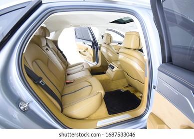 Audi A8  2013  cockpit interior cabin details
