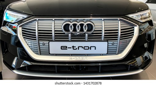 Audi Front Grille Images, Stock Photos & Vectors | Shutterstock
