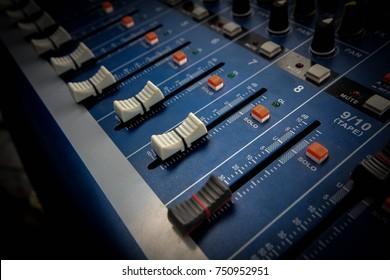 Audio equipment Increase the volume to professional