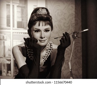 Audrey Hepburn, Madame Tussauds wax museum. Audrey reached the pinnacle of her career when she played Holly Golightly in the legendary film Breakfast at Tiffany's. London, United Kingdom -02-12-2014