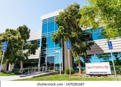 August 1, 2019 Redwood City / CA / USA - Shutterfly headquarters located in Silicon Valley; Shutterfly, Inc. is an American Internet-based company specializing in image-publishing services