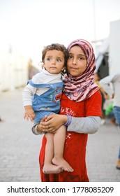 White Helmets (Syrian Civil War) - Wikipedia