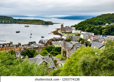 August 21, 2018. The city of Oban (Scotland). Oban Bay within the city limits - Ships on the roads and embankments of the city.