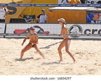 August 31st, 2008--Mason, Ohio.  Nicole Branagh and Elaine Youngs defeat Misty May and Kerri Walsh for the gold medalists first loss in over 100 matches.