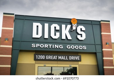 August 4, 2017 Milpitas/CA/USA - Dick's Sporting Goods store entrance located at the Great Mall, San Francisco bay area