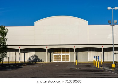 AUGUST 4 2017 - MINNEAPOLIS, MINNESOTA: A closed, abandoned big box store, with all signage removed