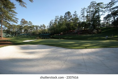 augusta golf course hole 16