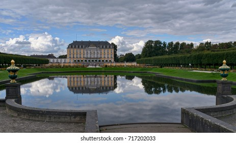 Augustusburg Castle is one of the first important creations of Rococo in Germany. Since 1984 it is in the list of world cultural heritage of humanity
