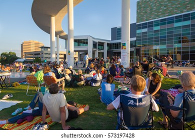 AUSTIN, TEXAS - JUNE 1 2014: audience relaxing at a Sunday evening concert