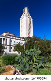 AUSTIN,TX/USA - NOVEMBER 14: Historic Main Building and Clock Tower on campus of the University of Texas, a state research university of the The University of Texas System. November 14, 2013.