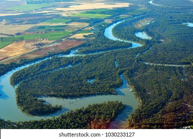 Australia, aerial view to Murray river around Mildura