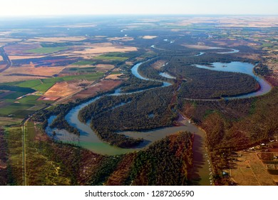 Australia, aerial view of winding Murray river in New South Wales near Mildura village on border to Victoria