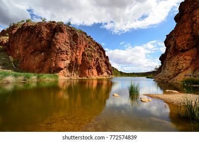 Australia, NT, McDonnell Range, Glen Helen gorge with lake