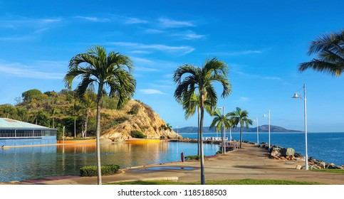 Australia Townsville view of lagoon and beach front