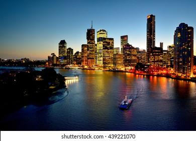 Australian Landscape : Brisbane Riverside viewed from Story Bridge