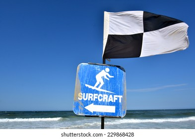 Australian Lifeguards Black and White Quartered Flag.Indicates the area where board riding and surfing is not permitted.