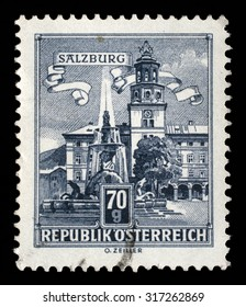 AUSTRIA - CIRCA 1962: A stamp printed in Austria shows Residence Fountain in Salzburg, series, circa 1962