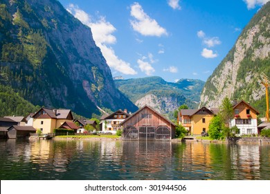 Austria. House on the waterfront of Lake Hallstatt .