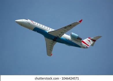 Austrian Arrows, OE-LCM, Bombardier Aerospace CRJ200LR, 27.5.2007, VIE, Vienna Airport Schwechat, Austria, Europe