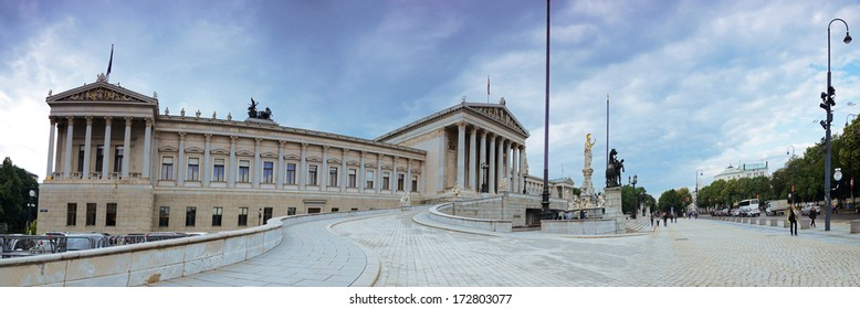 Austrian Parliament in Vienna. Panorama.