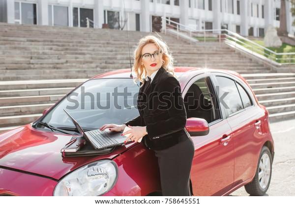 Alfa Auto Insurance >> Auto Insurance Agent Stock Photo Edit Now 758645551