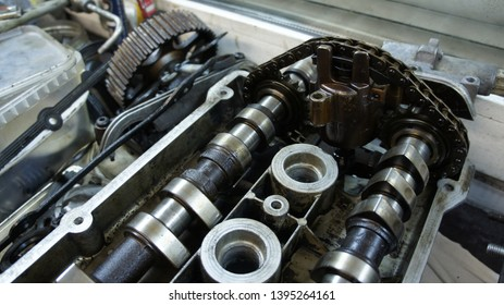 auto motor head with camshafts