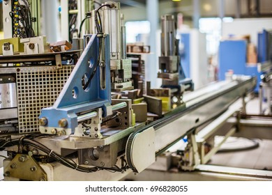 Automatic machine and production process