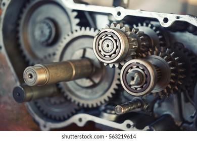 Automotive technicians check the engine diameter design.