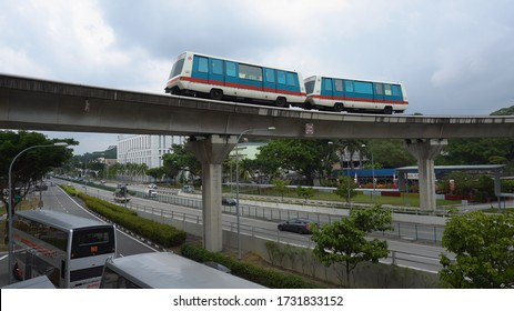 Autonomous Driverless Light Rail LRT Train Driving on Elevated Tracks in Singapore - August 2019