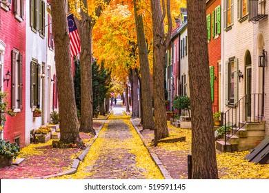 Autumn alleyway in Philadelphia, Pennsylvania, USA.