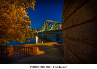 Autumn atmosphere in the evening at the Glienicker Brücke in Potsdam