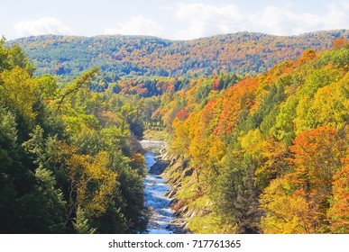 Autumn color of Quechee gorge vermont in october