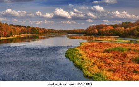 Autumn colors on the Kankakee River in Kankakee, Illinois