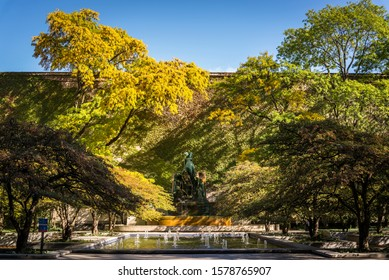 Autumn colours in the South Garden with a water fountain, South Michigan Ave, Chicago, Illinois, USA