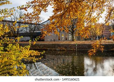 Autumn idyll on the water
