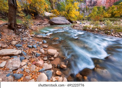 Autumn of the narrows and Virgin River in Zion National Park Zion, usa