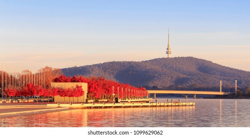 Autumn on Lake Burley Griffin, Canberra