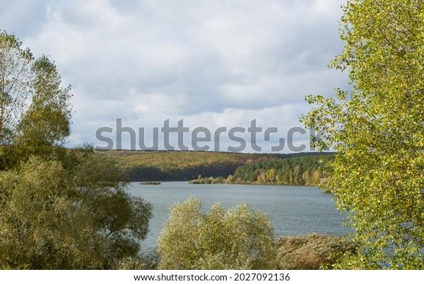 autumn-river-forest-landscape-framed-600
