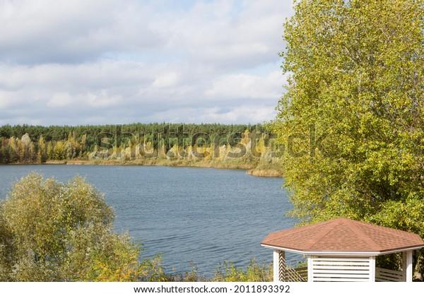 autumn-river-forest-landscape-pergola-60