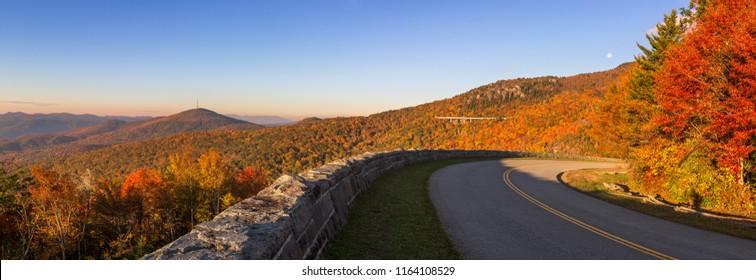 Autumn scenic, Blue Ridge Parkway, North Carolina