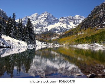 Autumn snowfall on the Maroon Bells.   Aspen, CO
