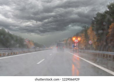 Autumn storm on a German motorway when entering a construction site