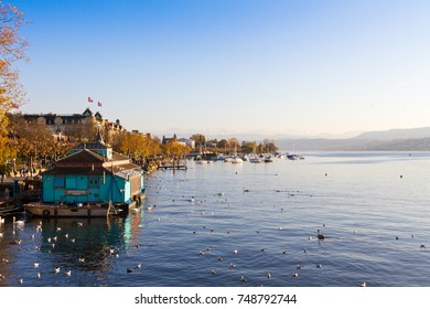 Autumn view of Lake Zurich from Quaibruecke