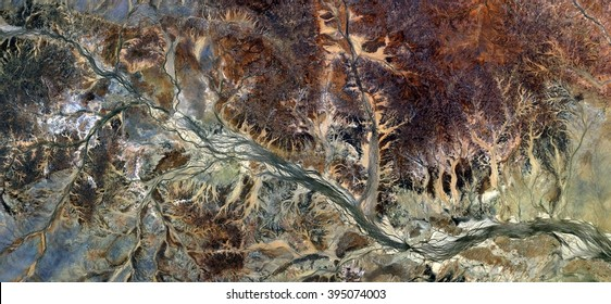 autumnal forest, allegory, tribute to Pollock, abstract photography of the deserts of Australia from the air,aerial view, abstract expressionism, contemporary photographic art, abstract naturalism,