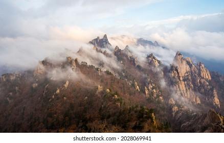 Autumnal and morning view of sea of clouds on Beombong Peak of Dinosaur Ridge at Seoraksan National Park near Sokcho-si, South Korea