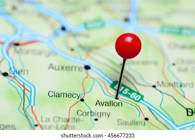 Avallon pinned on a map of France