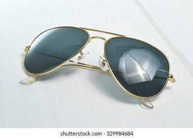 aviator sunglases