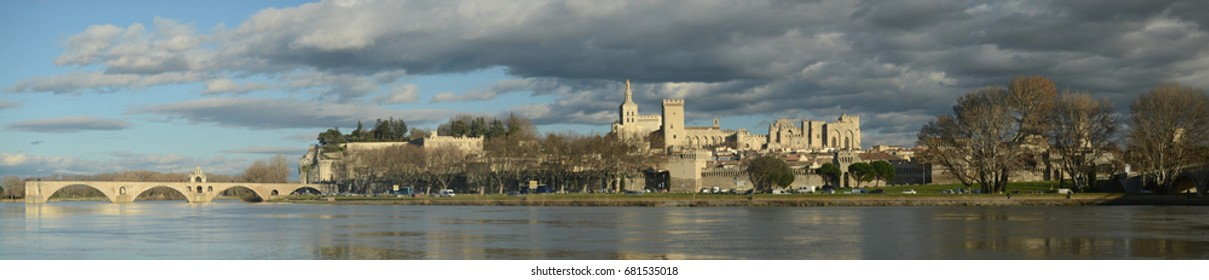 AVIGNON FRANCE 2016 - PANORAMIC VIEW OF AVIGNON - PALACE OF THE POPES AND THE AVIGNON BRIDGE SAINT BENEZET. WINTER SEASON