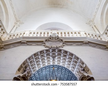 AVIGNON, FRANCE - APRIL 12 : Interior architecture of Avignon cathedral (Cathedral of Our Lady of Doms) in Avignon, France, on April 12, 2017.
