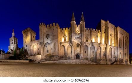 Avignon. Provence. Panorama of the papal palace at night.
